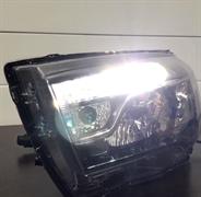 {{photo.Alt || photo.Description || 'Комплект ламп ДХО габарит для Lada Vesta Refit'}}